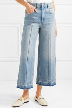 Light-blue denim Button and concealed zip fastening at front cotton Dry clean Imported Denim Pants, Cropped Jeans, Denim And Diamonds, Friday Outfit, Sailor Pants, Zara Jeans, Trends, Wide Leg Jeans, Denim Fashion