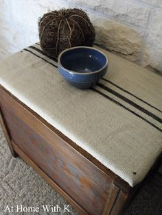 Burlap Bench Makeover.   good idea for my bench.