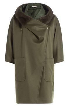 MAX MARA Cape Coat With Cashmere And Mink Fur. #maxmara #cloth #capes