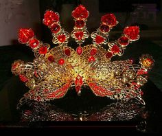 The Chinese Style Phenix Coronet this needs to be green