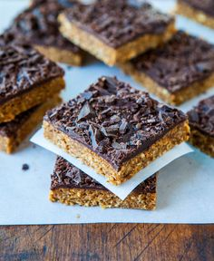 Cinnamon Oatmeal Date Bars with Chocolate Chunks from @Averie Sunshine
