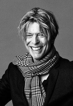 Portrait by Masayoshi Sukita, Bowie David Bowie Born, Bowie Starman, The Thin White Duke, Ziggy Stardust, Music Icon, Music Music, Def Leppard, David Jones, Twiggy