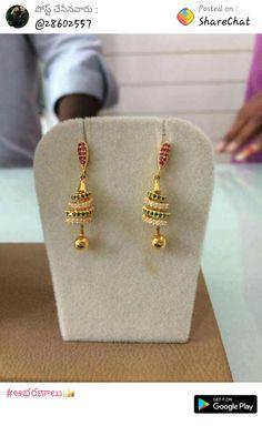 Pearl Necklace Designs, Gold Earrings Designs, Gold Designs, Gold Necklace Simple, Gold Jewelry Simple, Gold Jewellery, Gold Jhumka Earrings, Gold Bangles Design, Gold Buttalu