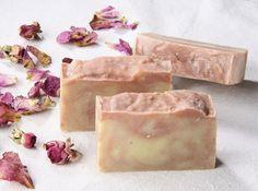 Seifen - Rosenseife *Heiderose*, vegan und palmölfrei - ein Designerstück von lueneseife bei DaWanda