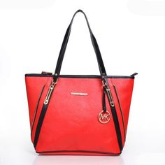 fashion Michael Kors handbags outlet online for women,love and to buy it! Michaels Kors Handbags Factory Outlet Online Store have a Big Discoun Michael Kors Handbags Outlet, Cheap Michael Kors, Mk Handbags, Handbags On Sale, Michael Kors Jet Set, Adidas Nmd, Luxury Bags, Luxury Handbags, Superstar