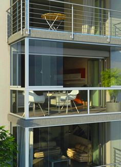 Využijte balkon i v chladném počasí se zastřešením od Profiltechnik. #(balkon, zasklení, posuvné dveře, posuvná okna, Profiltechnik, panelový dům, bydlení)