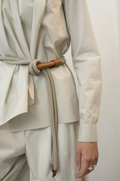 """Great White Shirt, No. 2 (Ribbon Trimmed Front + Cuff Plackets) hermes: """" BACKSTAGE """"At the heart of the spring/summer 2015 women's collection."""" """"hermes: """" BACKSTAGE """"At the heart of the spring/summer 2015 women's collection. Fashion Details, Look Fashion, Womens Fashion, Fashion Design, Fashion Trends, Fashion Styles, Runway Fashion, Fashion Dresses, Mode Style"""