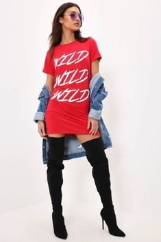 Oversized Tshirt Outfit Casual T-shirts are considered a fashion necessity these days, though this wasn't always the case. Now a common part of the casual outfit, t-shirts can compliment a pa… Cute Swag Outfits, Casual Outfits, Fashion Wear, Womens Fashion, Classy And Fabulous, Casual T Shirts, Latest Trends, Shirt Dress, Dream Closets