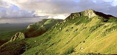 Eastern Highlands & Lowlands Zimbabwe renowned for golf trout fishing National Park Lodges, National Parks, Zimbabwe, Places To See, Places Ive Been, African States, Im Coming Home, Places Of Interest, Mountain Range