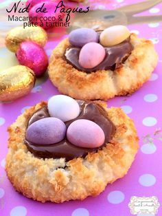 Easter nest - Coconut macaroon and spread - Lotta Ell Easter Recipes, Appetizer Recipes, Holiday Recipes, Snack Recipes, Dessert Recipes, Macaron Coco, Mexican Food Recipes, Cookie Recipes, Crock Pot Food