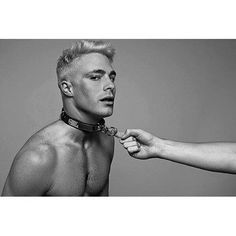 Colton Haynes Shows Off Bleach Blond Hair in Sexy New Tyler Shields Photo Shoot Colton Haynes gives the camera a suggestive glance in a new photo shoot with his friend, famed photographer Tyler Shields. The Arrow actor got pretty… Tyler Shields, Jeff Leatham, Teen Wolf Mtv, Platinum Hair, Book Photography, Male Beauty, Gorgeous Men, Pretty Men, Pretty Boys