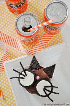 DIY Cat   Kitty Cupcakes with Fanta for Halloween! By Kara's Party Ideas   Kara Allen   KarasPartyIdeas.com #spookysnacklabcontest