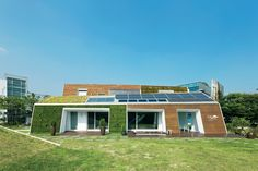 The E+ Green Home, a concept house located an hour outside Seoul, not only points the way to a greener South Korea, it may well be the most sustainable house in the country.
