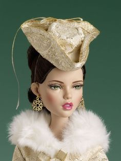 Soirées d'or - Expected to arrive 4/3/15 | Tonner Doll Company  -  Pinned 3-25-2015.