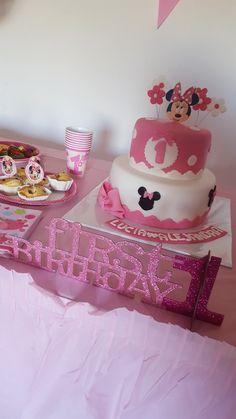Minnie Maus cake!  First Birthday of my babygirl 💞