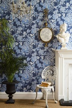 Cole and Son Tivoli wallpaper in Indigo from The Folie Collection Blue Floral Wallpaper, Bold Wallpaper, Print Wallpaper, Blue Wallpapers, Animal Wallpaper, Leaves Wallpaper, Wallpaper Online, Rue Rivoli, Cole Son