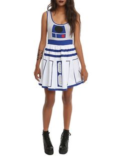 Star Wars Her Universe Dress Size : X-Large. Made in USA. Super soft and stretchy fit & flare dress from Her Universe with Star Wars inspired design. Variation: Size - X Large. Costume Dress, Halloween Costumes, Halloween Ideas, Easy Costumes, Halloween 2015, Family Costumes, Halloween Town, Cosplay Costumes, Costumes