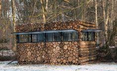 tree-trunk garden house | thomas mayer