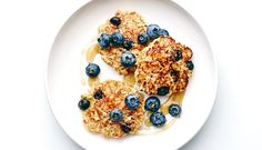 Cook Up These Fluffy And Healthy Blueberry Oat Pancakes