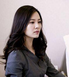 Korean Style, Kdrama, Korean Fashion, Actresses, Actors, Long Hair Styles, Beauty, Tomy, K Fashion