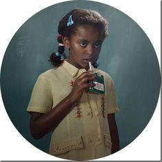 """Smoking Kids"" photo series shows how adults impact children Kind Photo, Divas, Glamour Shots, Girl Smoking, Anti Smoking, Humphrey Bogart, Photo Series, Kids Health, Children Health"