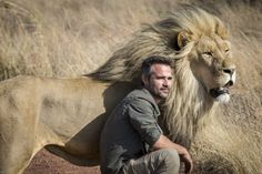 A day in the life of: Kevin Richardson Ever wondered what life is like for a Lion Whisperer? With Kevin Richardson as a Craghoppers ambassador, wonder no more. From his… Read Nature Animals, Animals And Pets, Funny Animals, Cute Animals, Wildlife Nature, Beautiful Lion, Animals Beautiful, Majestic Animals, Big Cats
