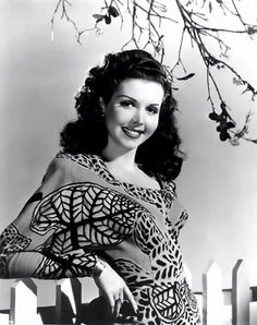 Ann Miller...Cynthia as I scrolled down I thought you had posted a picture of yourself!!!!!!