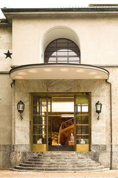 Villa Necchi Cmpiglio, Milan, Italy.  VIa Fresh American