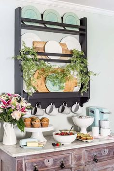 A quick and easy way to make an Easter brunch bar look elegant and put together in minutes.