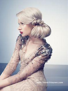Inanch Lange Blonde weiblich Gerade Farbige Weiß Gebündelt Pferdeschwanz Frauen Frisuren hairstyles