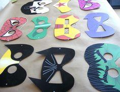 Batman/woman superhero mask for hero/heroine week Superhero Classroom, Superhero Party, Classroom Decor, Superhero Teacher, Paper Plate Masks, Paper Plates, Paper Mask, Make Your Own Superhero, Art For Kids