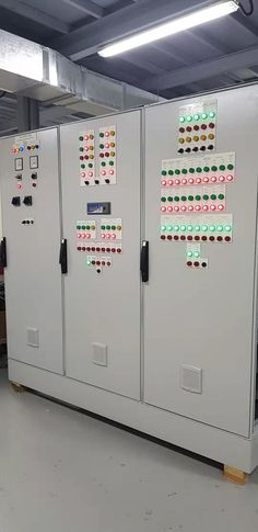 Electrical Cabinet, Home Electrical Wiring, Electrical Engineering, Hose Box, Cabinet Boxes, Chemical Industry, Steel Cabinet, Steel Sheet, Making Machine