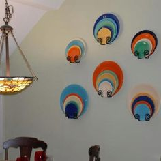 fun way to display vintage Fiesta that you don't want to use for everyday eating Vintage Dishes, Vintage Kitchen, Vintage Items, Dish Display, Plate Display, Home Projects, Projects To Try, Fiesta Kitchen, Fiesta Colors