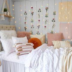 LED String Light Curtain – Dormify Pink Dorm Rooms, Cute Dorm Rooms, Pink Room, Yellow Room Decor, Room Ideas Bedroom, Bedroom Wall, Bedroom Decor, Garden Bedroom, Uni Bedroom