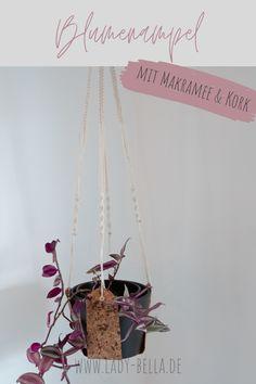 DIY Bastelanleitung für eine Makramee Kork Blumenampel zum Nachmachen. Eine Schritt-für-Schritt-Anleitung für Anfänger. #diy #bastelanleitung #kork #makramee #blumenampel Diy Projects To Try, Design Projects, Origami, Art And Craft, Diy Blog, Plant Hanger, Diy Design, Macrame, Diy Home Decor