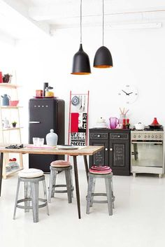 Fun funky kitchen. Ideas Magazine September 2013