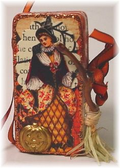 I decided to play along in the Matchbox swap over at Vintage Dragonfly Where you had to make at least four Halloween theme gifts. Halloween Tags, Halloween Themes, Vintage Halloween, Fall Halloween, Halloween Crafts, Halloween Decorations, Halloween Queen, Fall Decorations, Altered Tins