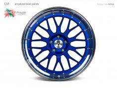 mbDESIGN Alurad LV1 in Individuallackierung. Pulverbeschichtete Felge in anodized blue mit poliertem Außenbett in 8,5x20 Zoll. Alufelge in mehrteiliger Optik mit Edelstahlschrauben. Die Trendfelge 2016 mit Y-Speichen.#wheelporn #wheels #tuning #Felgen