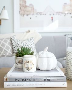5 Quick Ways to Bring Fall Into Your Home | The Everygirl