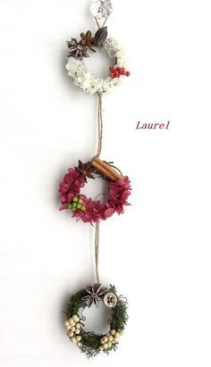 tripartite lease(再販)|フラワー・リース|Laurel|ハンドメイド通販・販売のCreema Rose Crafts, Flower Crafts, Flower Art, Diy And Crafts, Kids Crafts, Felt Decorations, Flower Decorations, Christmas Wreaths, Christmas Crafts