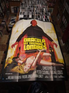 THE SATANIC RITES OF DRACULA (HAMMER FILMS) FRENCH ORIGINAL MOVIE POSTER (1973)