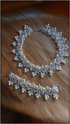 """A set of jewelry from beads """"Velvet"""" (necklace bracelet)"""