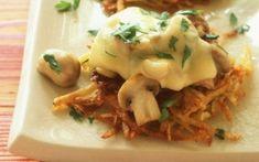 Τηγανίτες πατάτας με μανιτάρια και τυρί Meat, Chicken, Food, Potato Pancakes, Cheese, Essen, Meals, Yemek, Eten