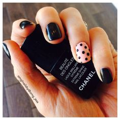 Matte black with polka dots rockabilly mani ❤️