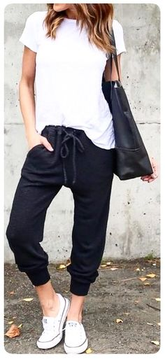 Womens Joggers Outfit Gallery pin heiko bchner on outfits athleisure outfits cute Womens Joggers Outfit. Here is Womens Joggers Outfit Gallery for you. Womens Joggers Outfit black joggers outfit sale up to 77 discounts. Cute Gym Outfits, Mode Outfits, Fashionable Outfits, Summer Tomboy Outfits, Spring Outfits Women Casual, Modest Summer Outfits, Everyday Casual Outfits, Airport Outfits, Casual Wear Women