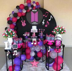 Sweetie Birthday Cake, Bts Happy Birthday, 14th Birthday Cakes, Funny Birthday Cakes, 1st Birthday Girls, Birthday Decorations, Birthday Party Themes, Bday Background, Bts Cake