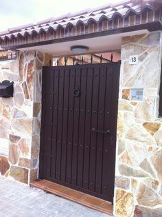 Galería de diseño y decoración de entradas - CATESELA, Construcciones, Decoración y Reformas S. L.