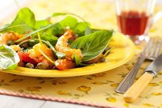 Ensalada de camarones con tomates secos y alcaparras - Maru Botana