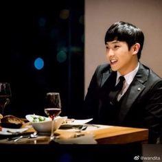 🍷🥗🍲🍝🍜🍛🍚 #LeeJoon Lee Joon