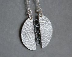 Sterling zilveren ketting. Zilveren ketting. Zilveren hangertje. Hedendaagse juwelen. Handgemaakte. OP BESTELLING GEMAAKT.